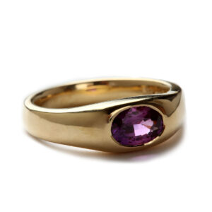 Ring in Gold mit Saphir