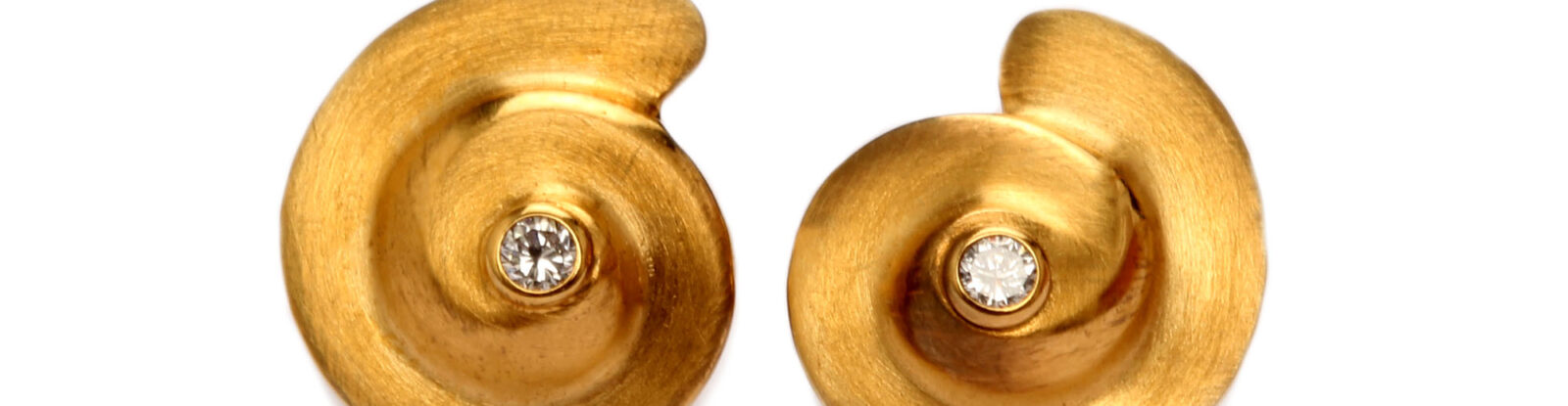 Ohrstecker in Gold mit Diamanten