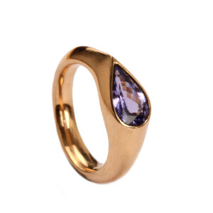 Ring in Gold mit Tansanit