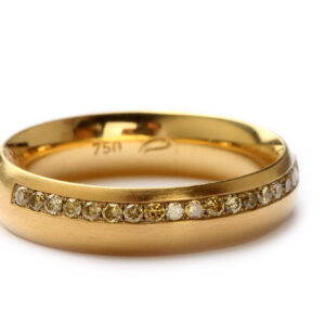 Memoire-Ring in Gold mit Diamanten