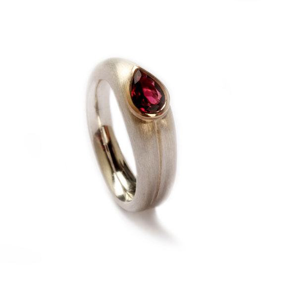 Ring in Silber und Gold mit Turmalin