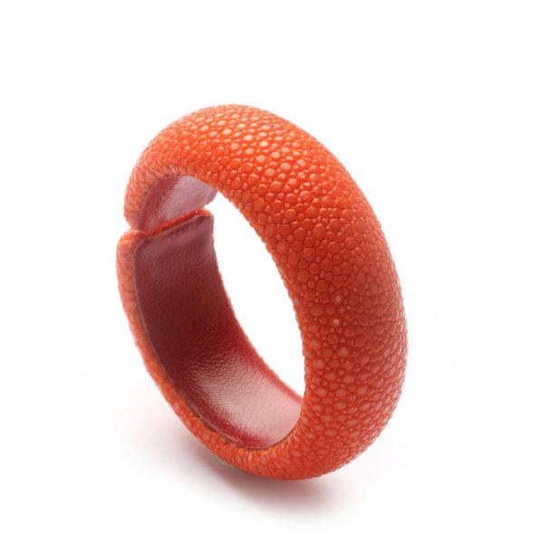 Rochenleder-Armspange, rot