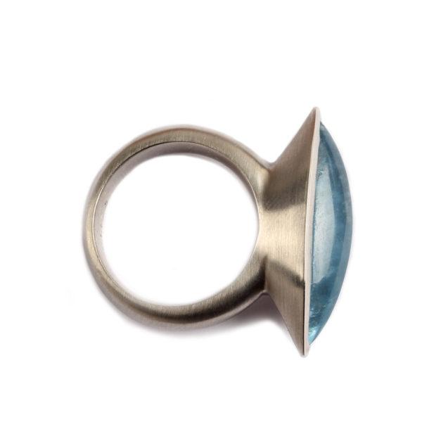 Ring in Platin mit Aquamarin