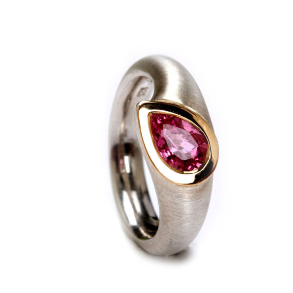 Ring in Silber mit Gold und Turamlin